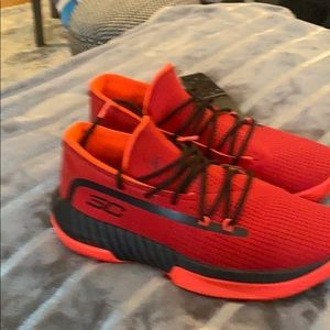 Brand new Stephen Curry tennis shoes
